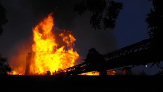 При критични ситуации и напрегната обстановка - на първа  линия са пожарникари и спасители